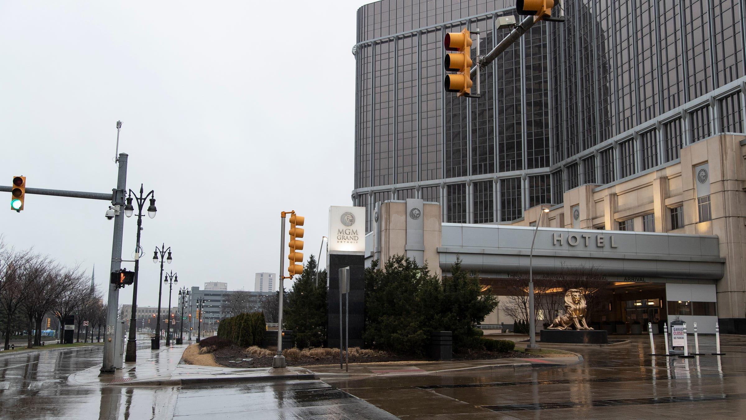 Detroit casino jobs hotel rooms at morongo casino