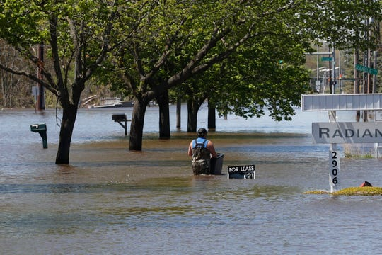 The state will be testing along the Tittabawassee River on Thursday following Midland County's500-year floodthat some fear could have stirred up or exposed dangerous dioxins at the Dow Superfund site.