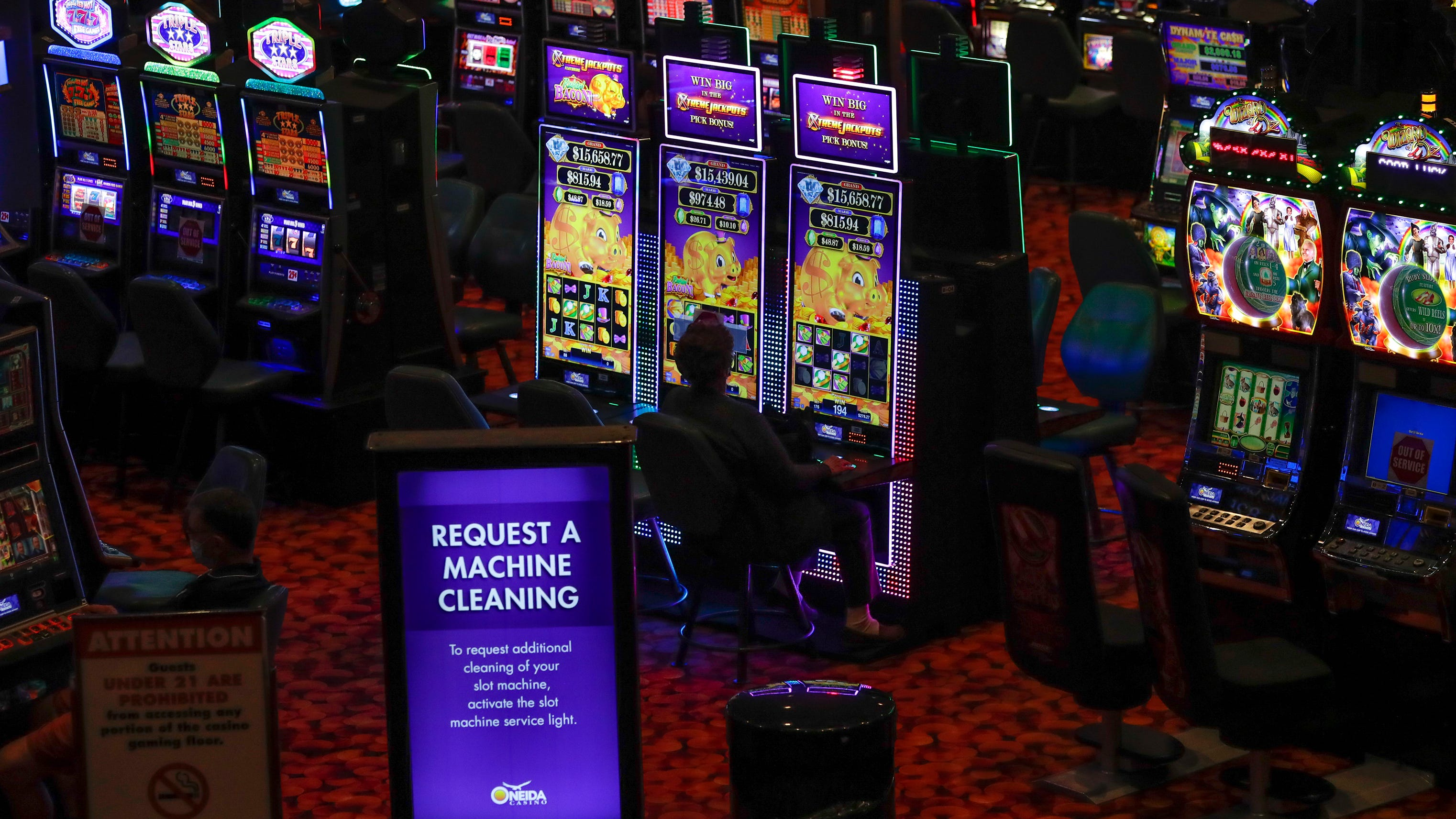 Gambling returns: After being closed for two months, Oneida casino reopens