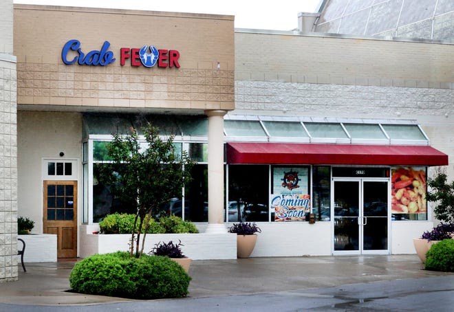 Crab Fever at Stones River Town Centre Wednesday May 27, 2020, it will be open for  takeout and delivery only starting Thursday.