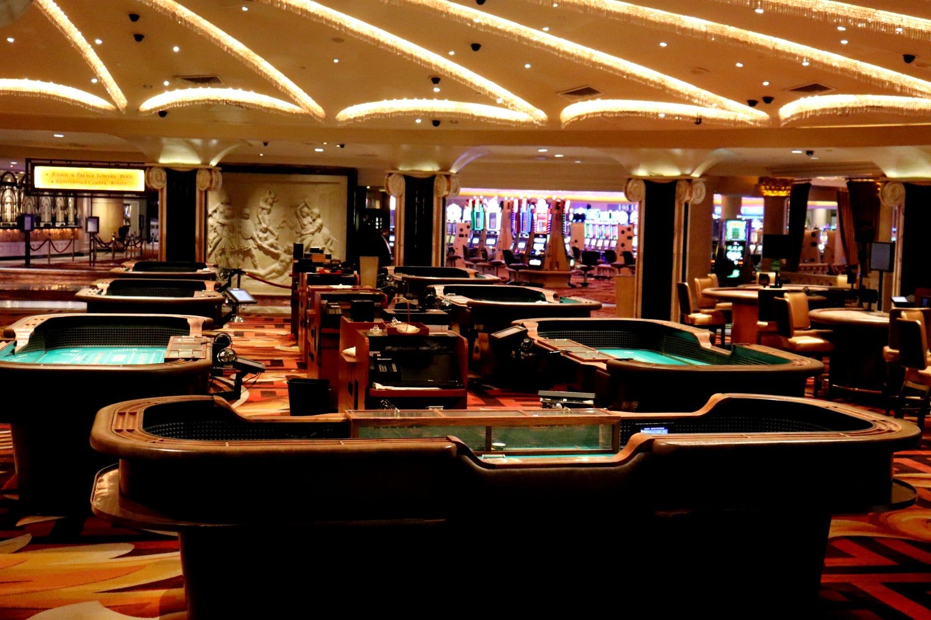 A look inside Las Vegas' empty Caesars Palace during the coronavirus pandemic