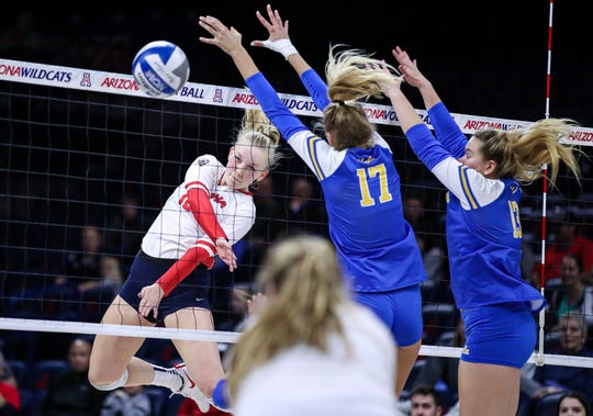 Arizona Wildcats outside hitter Paige Whipple (10) competes against UCLA on Nov. 27, 2019, in Tucson, Ariz.