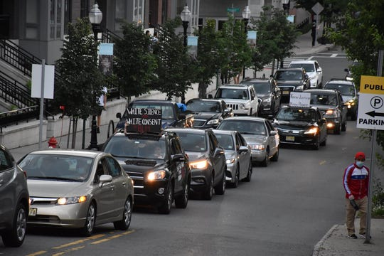 Hundreds lined up their cars on Saturday in Morristown to demand justice for George Floyd and an end police brutality.