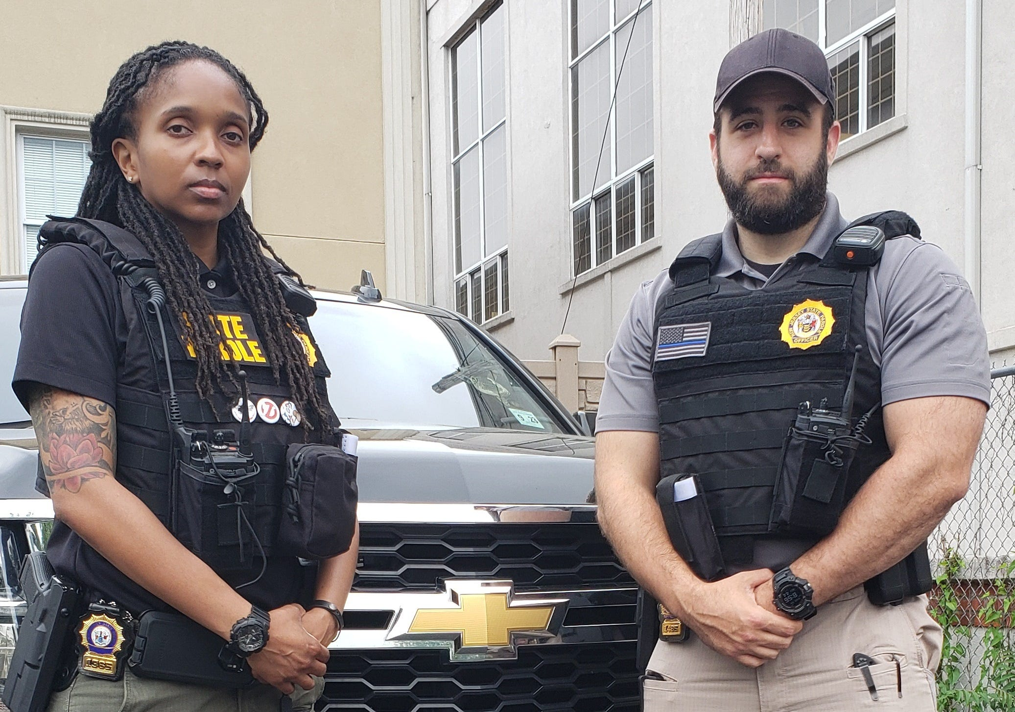NJ parole officers save woman from crushed car in Paramus