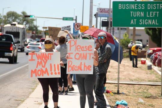Anti-racism demonstrators line White Sands Boulevard in Alamogordo May 31, 2020.