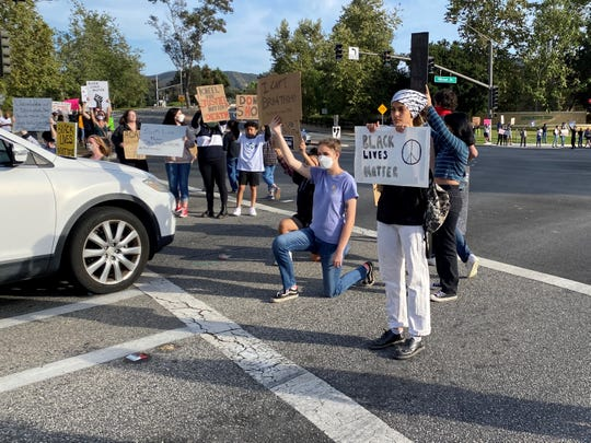Protesters turned out in Thousand Oaks for the third evening in a row on May 31, 2020.