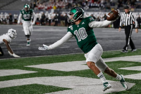Eastern Michigan quarterback Preston Hutchinson picked apart Western Michigan's defense in his only start last season, completing 31-of-36 passes for 357 yards and three touchdowns without an interception. He also rushed for a TD.