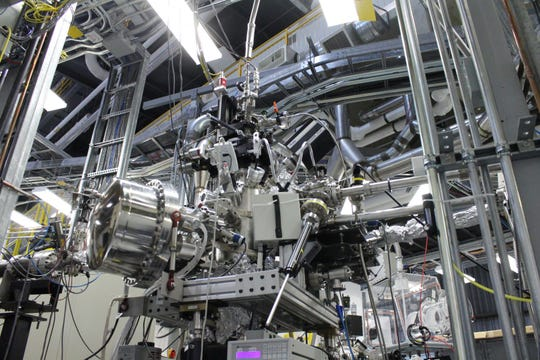 The researchers used the SGM beamline at the CLS to see how the chemistry in the nitrogen changed as it adsorbed ammonia and how well their material could make nitrogen available to plants if it was used as a fertilizer.
