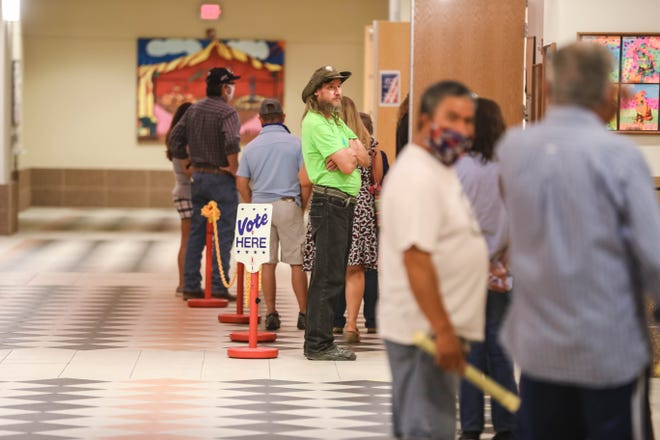 Voting takes place at the Doña Ana County Government Center in Las Cruces on Tuesday, June 2, 2020.
