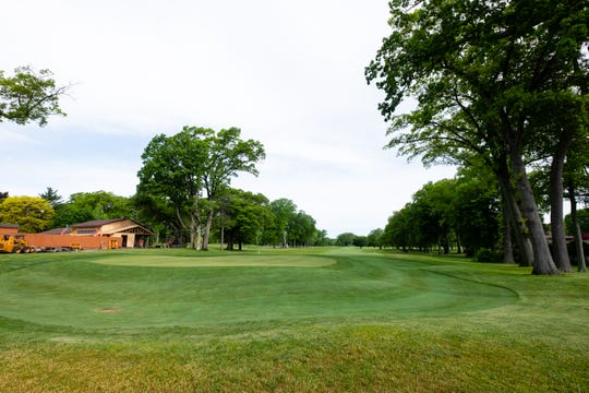 Gov. Gretchen Whitmer announced this week that pro shops, bars and restaurants on golf courses would be allowed to reopen.