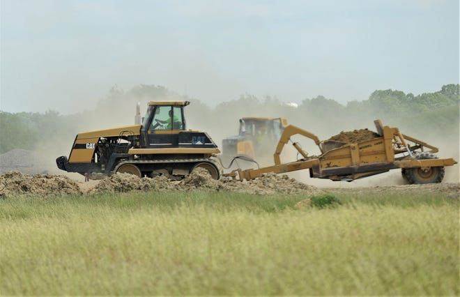 Construction has begun on the new Dollar General expansion at EastPointe Business Park. Dollar General is building a combination distribution facility for fresh and cold storage products.