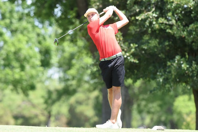 Lain Tushinsky took the bronze medal at the Class 3A boys state golf tournament Tuesday. He plays for Jim Ned High School.