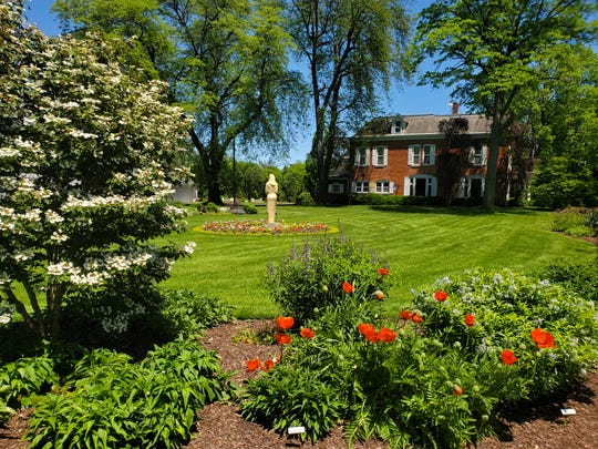 Schedel Arboretum and Gardens is offering free memberships to first responders and health care workers.