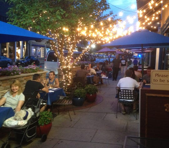 It's Greek to Me has a large outdoor space for alfresco dining