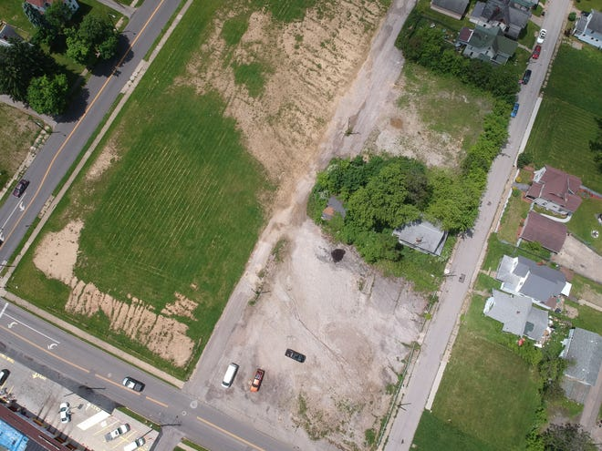 The Richland County Land Bank unanimously voted Wednesday to commitparcels of land on Clairmont Avenue and Bowman Streetto theNorth End Community Improvement Collaborative (NECIC) until December,so long as the community development organization attains funding for a rental housing project.