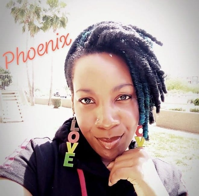 April Rozier worked in youth theater in Arizona as a choreographer and stage manager for 10 years.