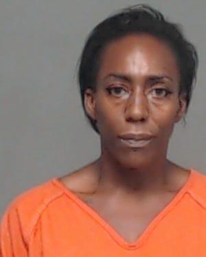 Arrest photo of Lisa Clemons