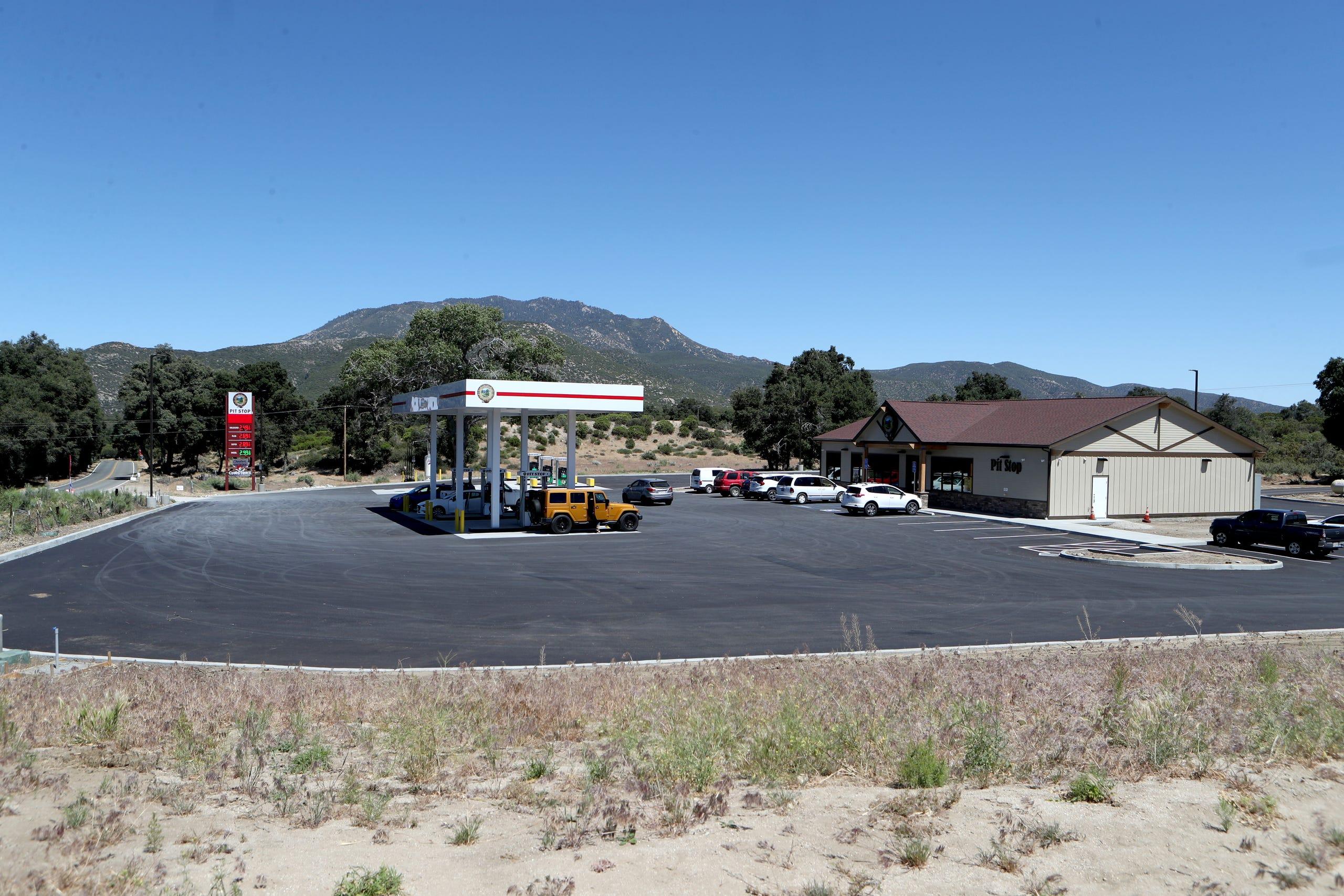 Photos: Santa Rosa Pit Stop opens along Highway 74 in Mountain Center