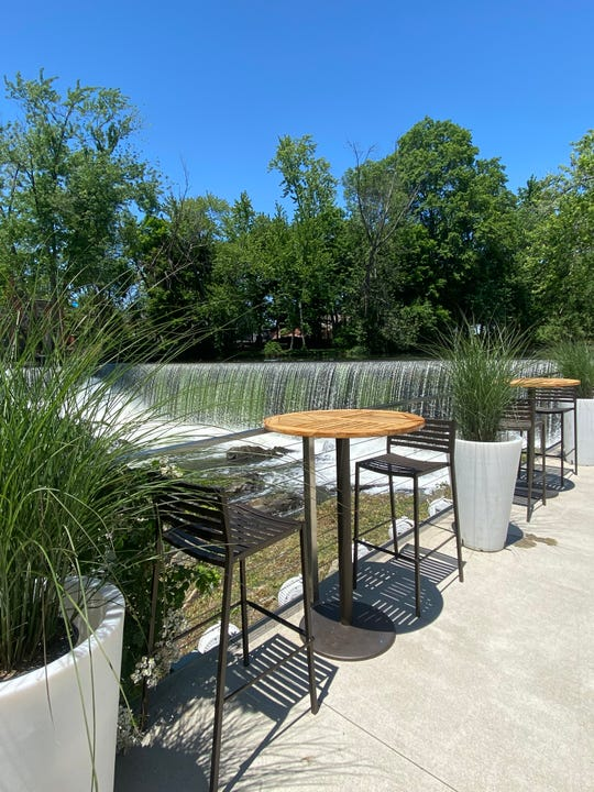 Outdoor dining space at The Roundhouse hotel and restaurant in the City of Beacon.