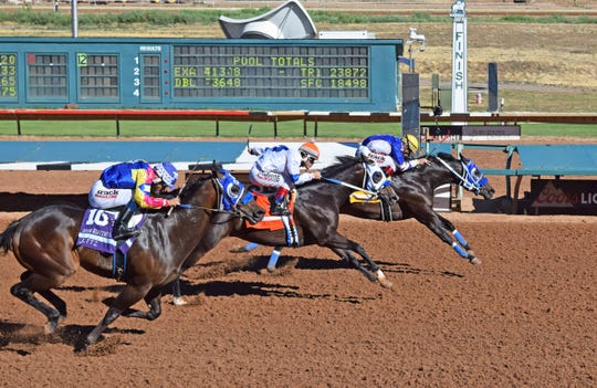 Cyber Monday won Sunday's Ruidoso Futurity.