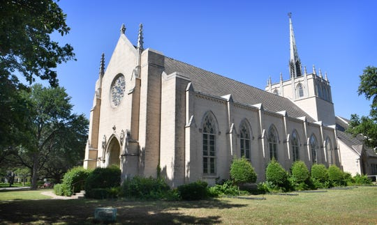The former Fain Presbyterian Church, built in 1950, will be the new home of Dexter, an independent school for artists, engineers and scientists. The school will get the keys July first.
