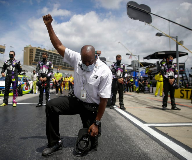 NASCAR official details why he took a knee during national anthem