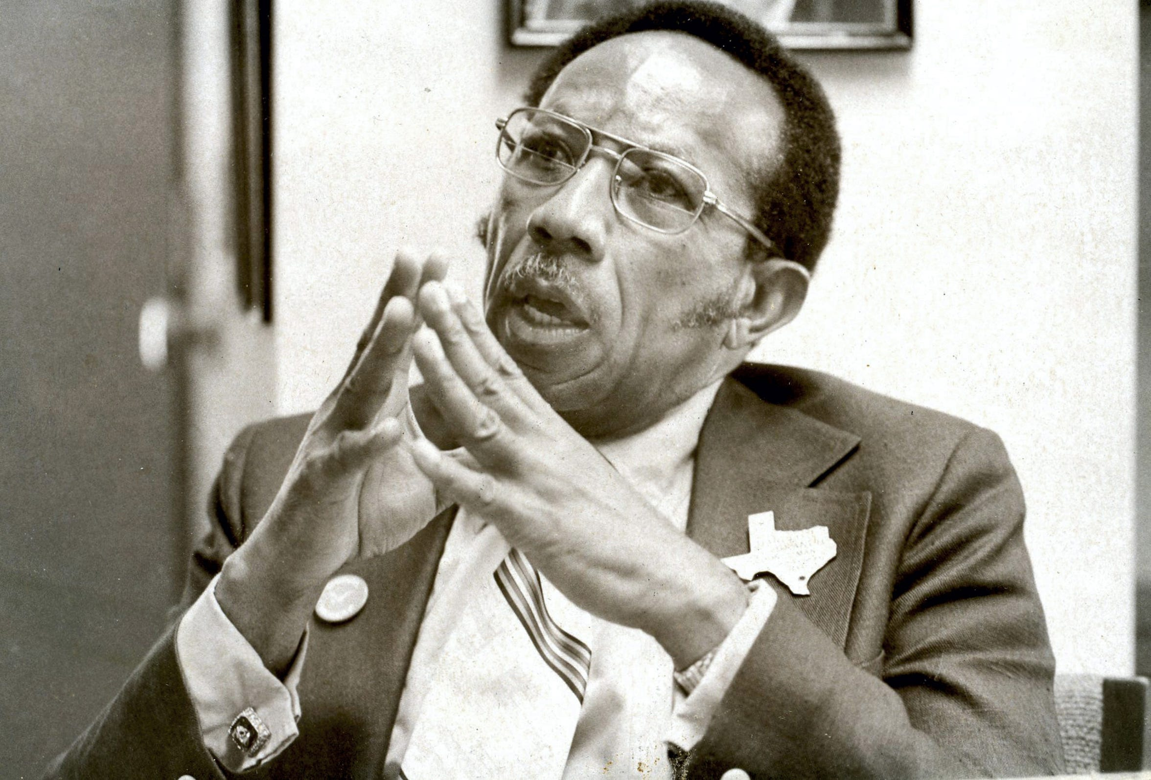 Rev. Harold T. Branch talks about his campaign for mayor on April 27, 1975.