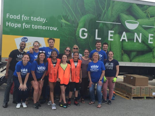 Royal United Mortgage has sponsored several mobile food pantries for Gleaners Food Bank in which volunteers at the company have served hundreds of families in need.  Royal is one of the Central Indiana companies selected as a Top Workplace for 2020.