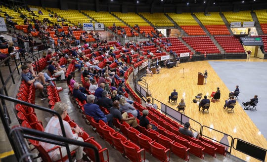 A crowd of over 400 people attended the ULM Diversity, Equity and Inclusion Forum on Tuesday night at Fant-Ewing Coliseum.