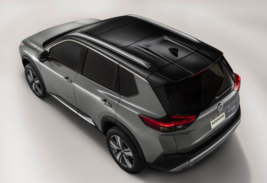 Nissan Rogue roof