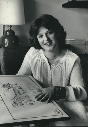 Cheryl Sensenbrenner, the wife of U.S. Rep. James Sensenbrenner, shown in their Washington, D.C., area home in 1979 .