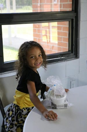 West Florida Public Libraries serve 20,000 meals to youth.