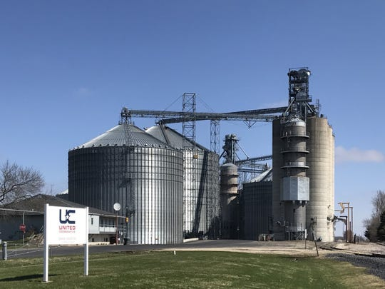 """The USDA World Agricultural Supply and Demand Estimates (WASDE) report released on June 11 was pretty much """"non-eventful"""" from a grain marketing standpoint, with very little change from the May estimates."""