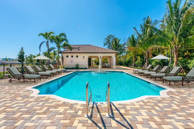 New home buyers purchasing a residence in Fronterra can enjoy a spa-like pool and sundeck.