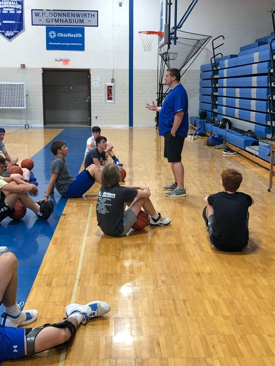 Matt Williamson, CEO of Pro Shot Shooting System, visited the Royals last week for a clinic.