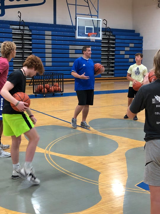 Matt Williamson utilizes the FOREST method to teach players how to improve their shooting.