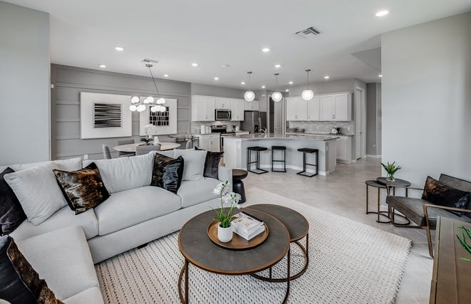 Pulte's Hammock Cove town homes feature open gathering and dining areas for entertaining ease.