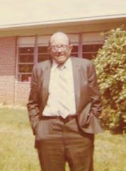Frederick Lewis stands in front of Pineview High School on May 18, 1980.