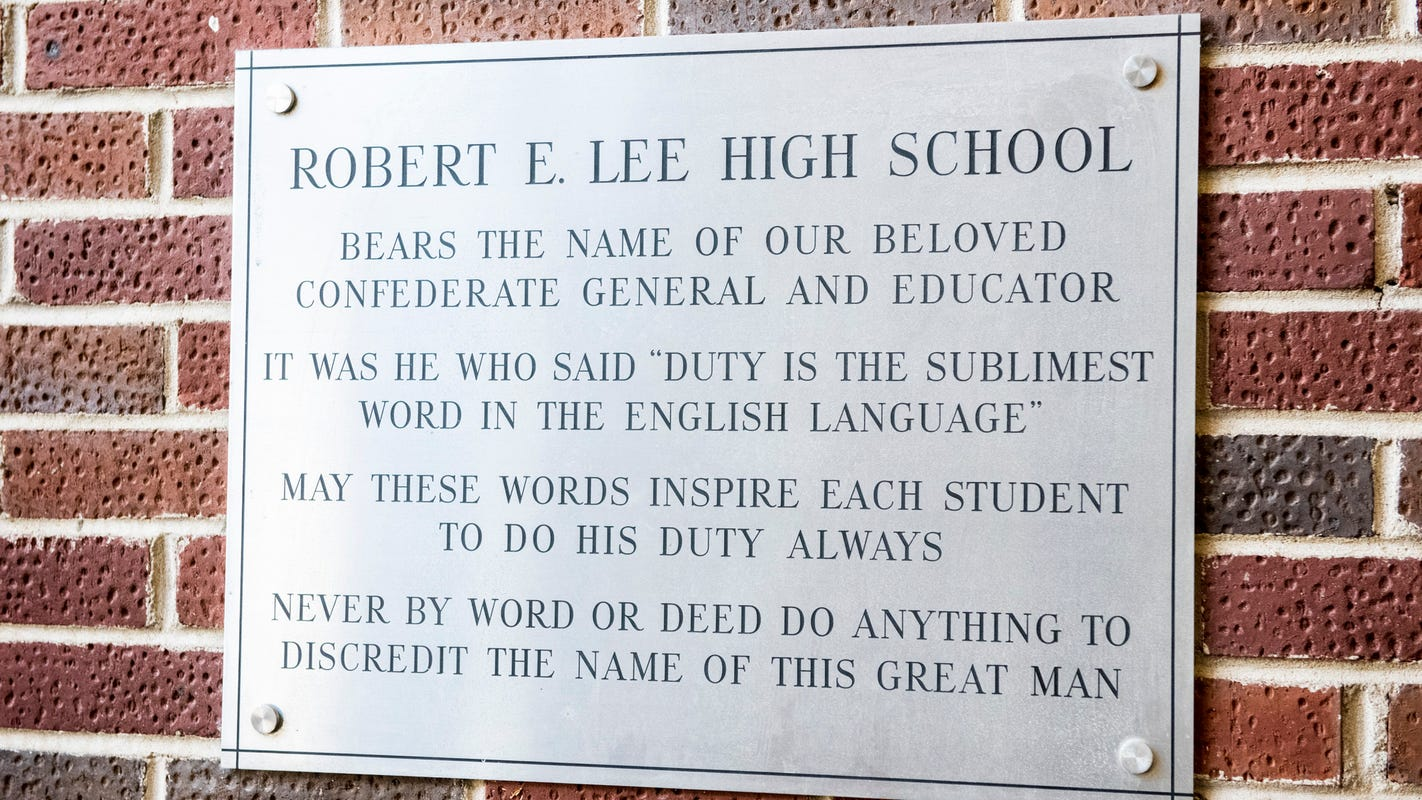 Plaque at school serving mostly Black students urges them to not 'discredit' Robert E. Lee