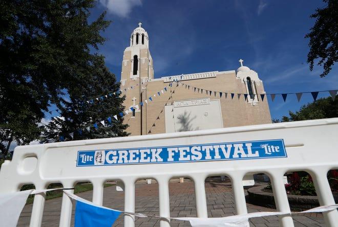 Η Ελληνική Ορθόδοξη Εκκλησία της Αγίας Τριάδας είναι ο τόπος του Ελληνικού Φεστιβάλ Wilmington.