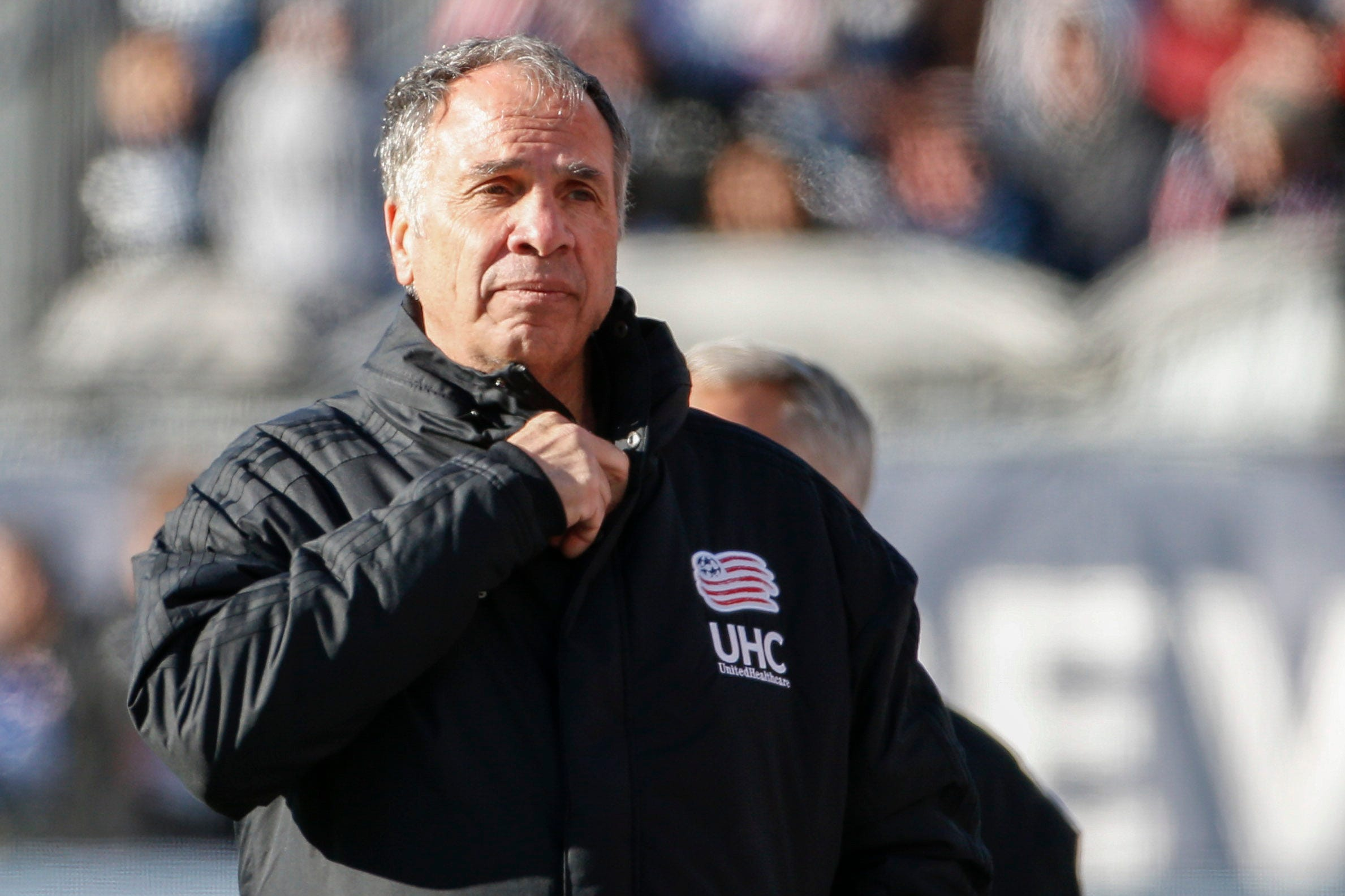 'It's inappropriate': Former U.S. soccer coach Bruce Arena critical of playing national anthem before sporting events