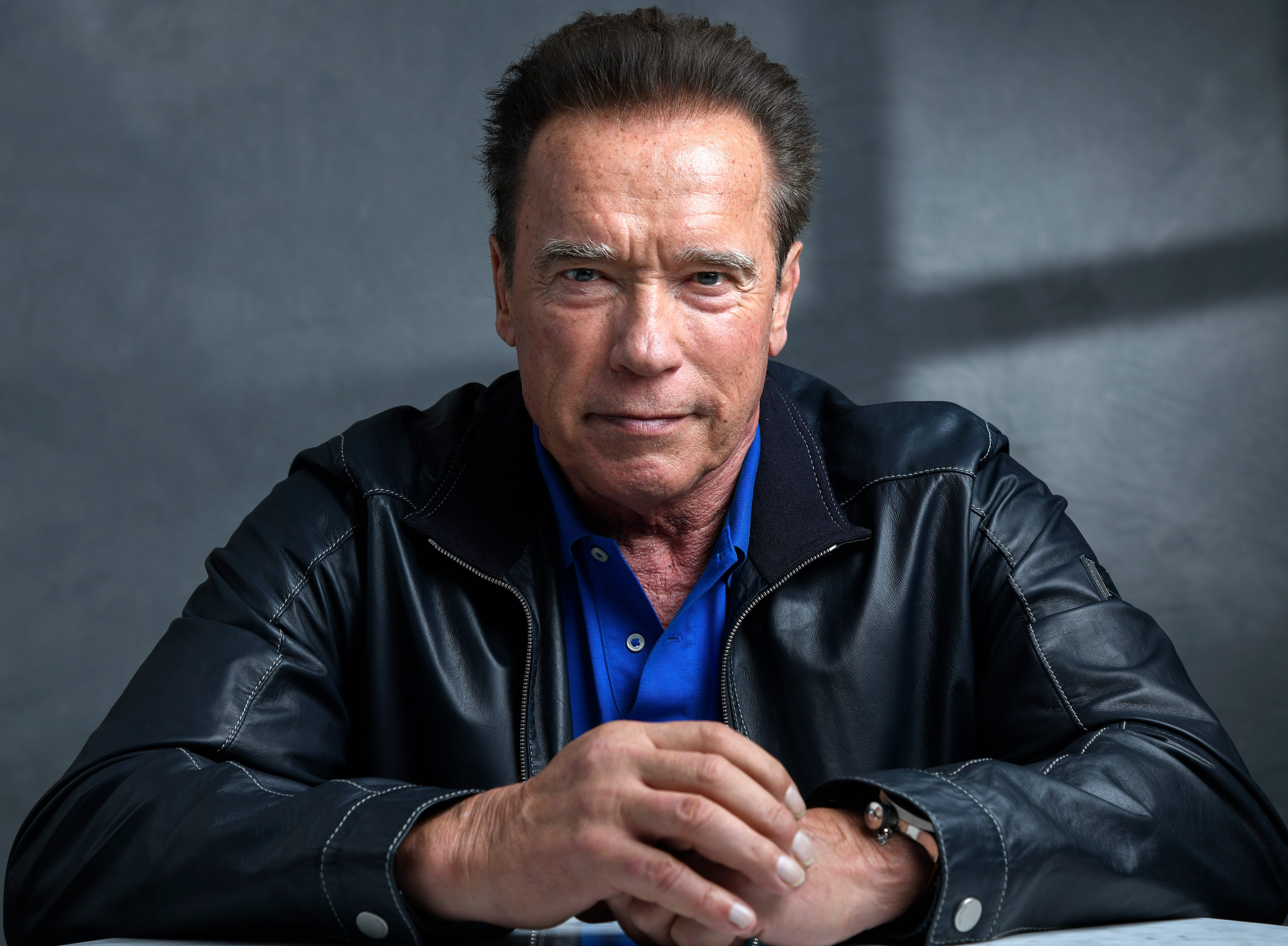 Arnold Schwarzenegger Covid 19 Masks Aren T A Political Issue