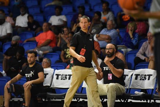 Brian Judski, coaching in the 2019 TBT.