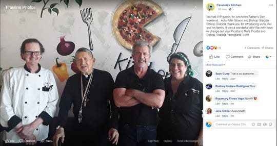 Actor Mel Gibson visitedCavaleri's Kitchen, an Italian eatery,in Sinton, according to a Facebook post from the restaurant.