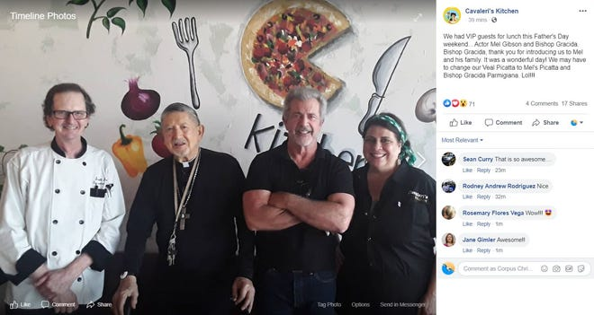Actor Mel Gibson visited Cavaleri's Kitchen, an Italian eatery, in Sinton, according to a Facebook post from the restaurant.