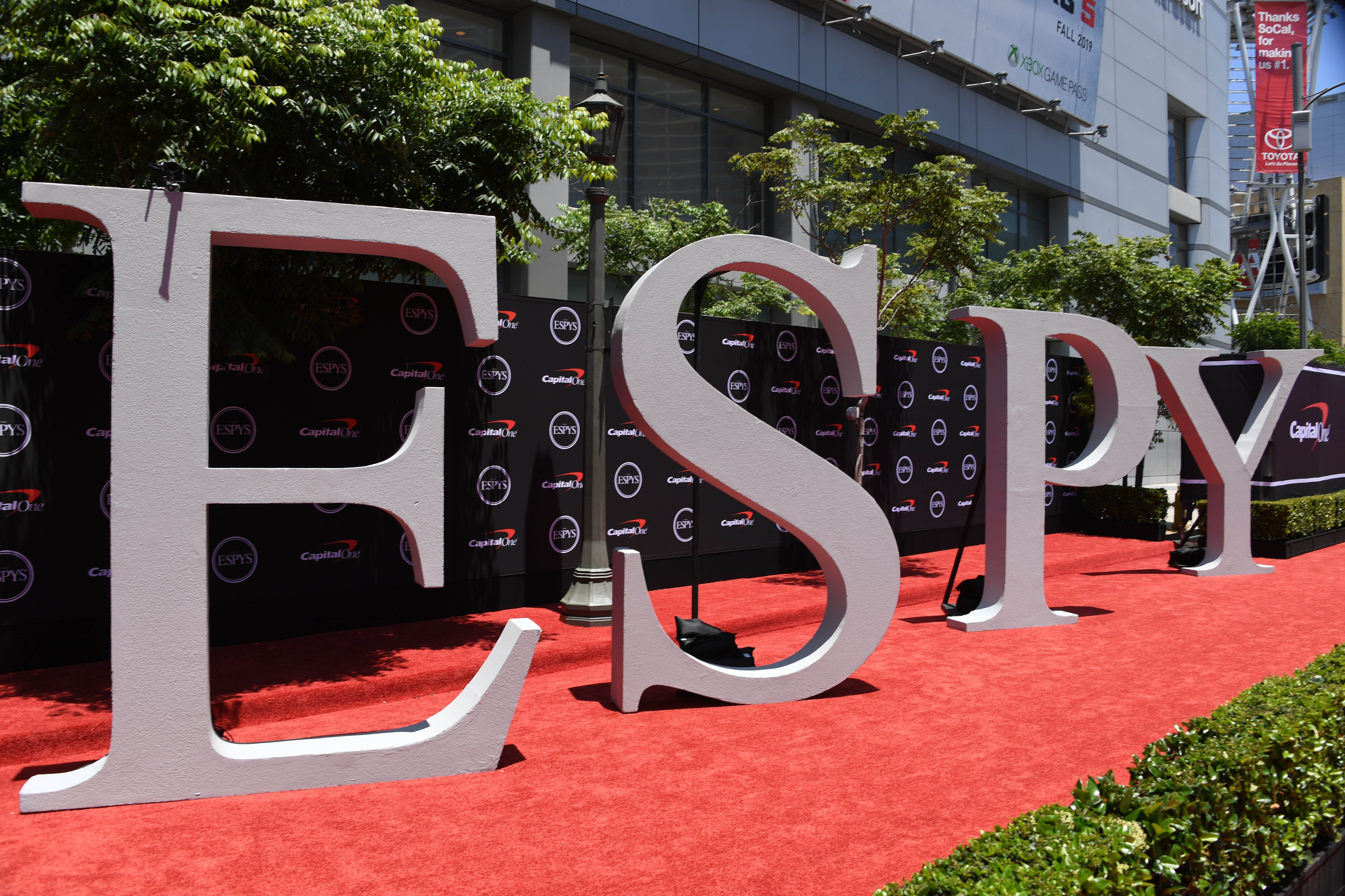 All winners and notable moments from 2020 ESPY Awards