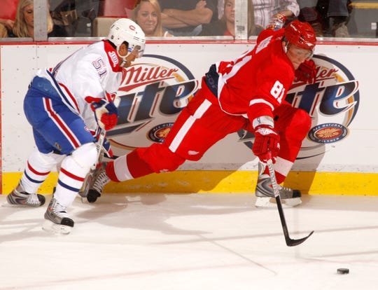 Forward Marian Hossa (81)  spent the 2008-09 season with the Red Wings, scoring 40 goals (71 points) in 74 games.