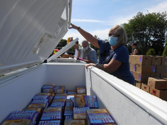 Last year, the pantry distributed 475,000 pounds of food items.