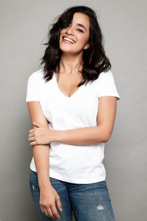 """Además de """"El Presidente"""", Paulina Gaitán tiene pendiente la cinta """"Me Casé con un Idiota"""", que filmó al lado de Poncho Herrera; """"Territorio"""" y """"Souvenir""""."""