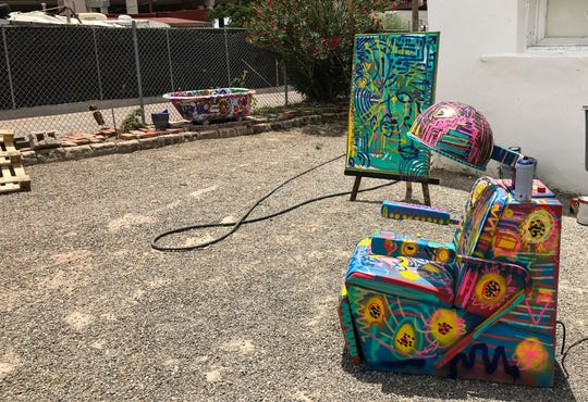 The grounds around Galeria Lincoln offer whimsical artwork, including these in the gallery's backyard.